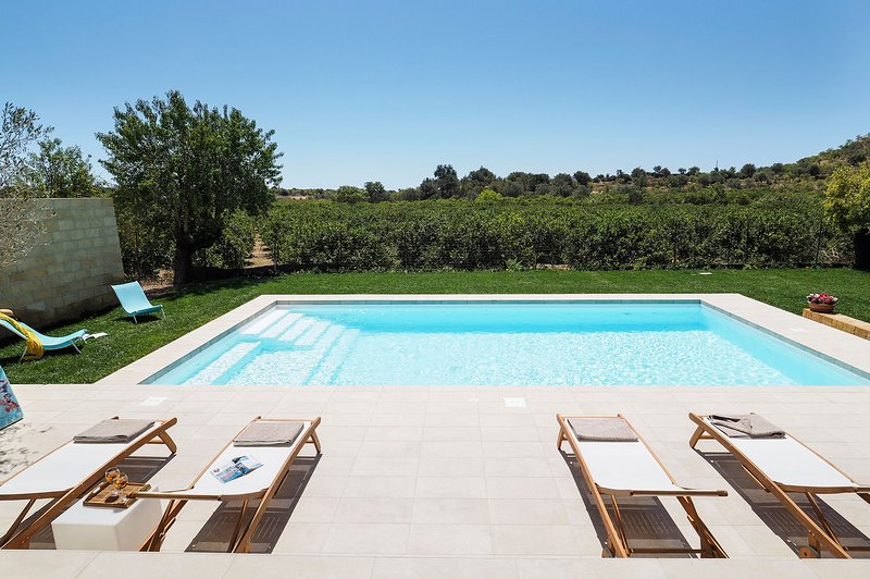 Helorus - Nocellara, holiday rental in Noto