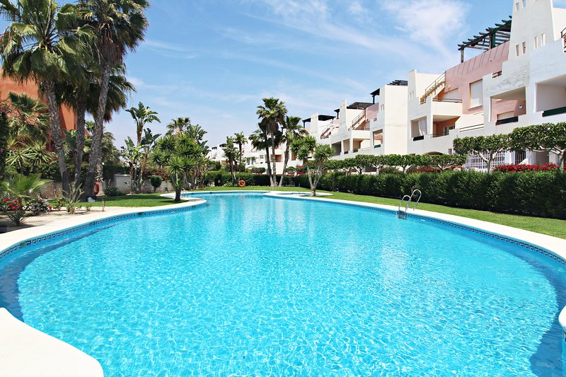 Paraíso de Vera Fatu-Hiva - 100m playa, WiFi, terraza, alquiler vacacional en Palomares
