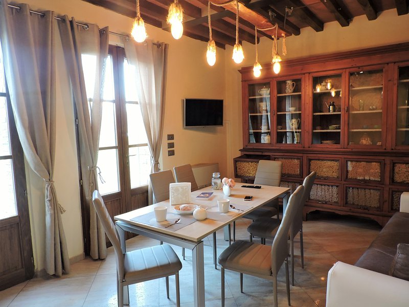 Casa Vacanze in tipico terratetto Toscano, holiday rental in Monteroni d'Arbia