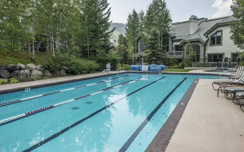 Photo of 5 Stonegate, SKI IN/SKI OUT, Pool & Hot Tub!