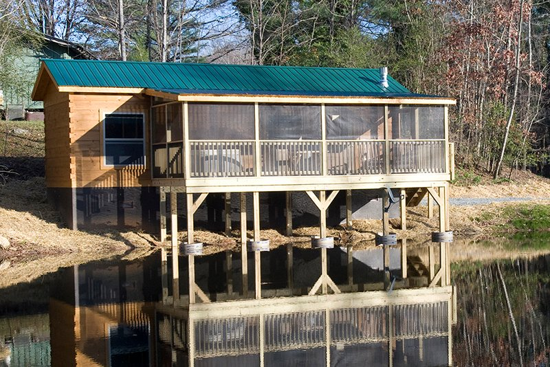 Duck Pond Cabin – semesterbostad i Lake Lure