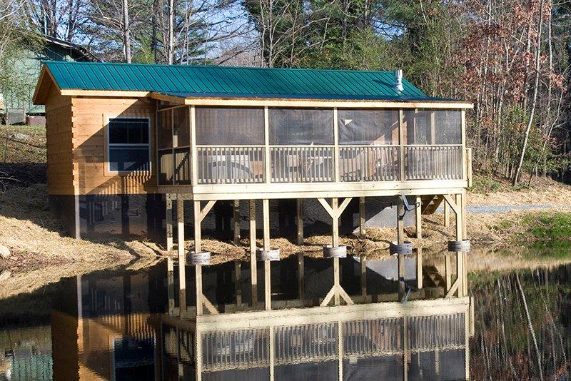 Duck Pond Cabin, alquiler de vacaciones en Lake Lure