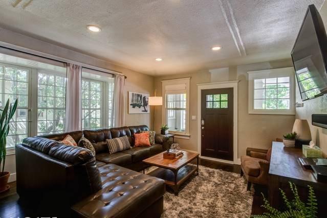 Una elegante sala de estar