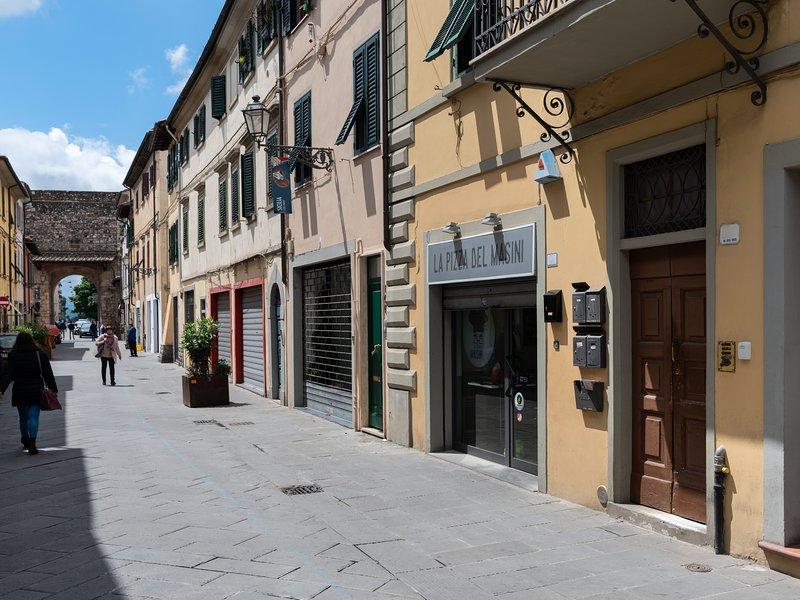 Casa Santa Trinita, charming flat close to Florence, location de vacances à Province of Prato