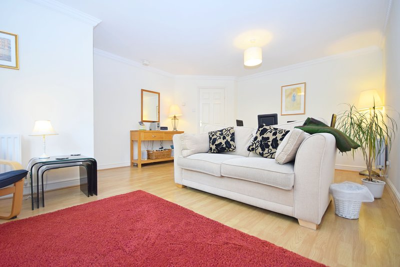 Stride Close , Chichester, holiday rental in Chichester