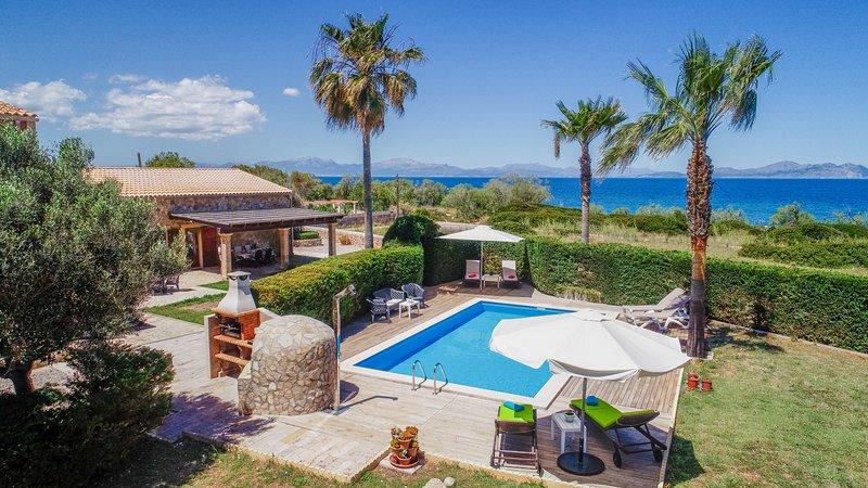 Corb Mari Sea & Beach House, Finca 5StarsHome Mall, holiday rental in Colonia de Sant Pere