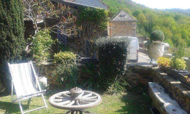 Maison de village atypique au cœur de la vallée du Viaur, vacation rental in La Fouillade
