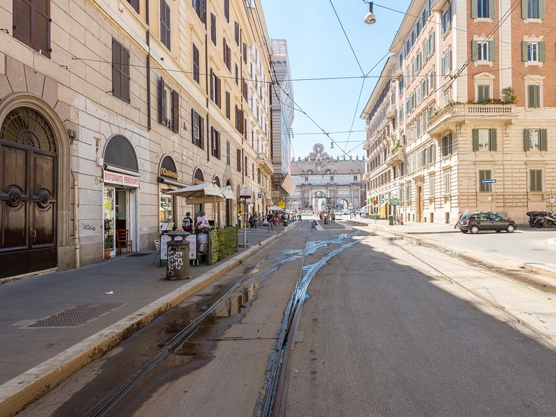 Popolo Elegant Two Bedroom Apartment Chalet in Rome