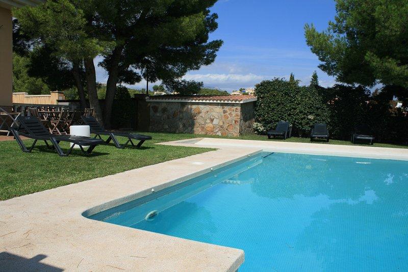 Villa Escandinavia ,Alfaz del Pi, vacation rental in Polop