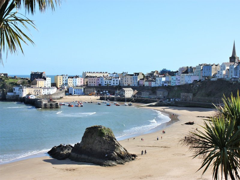 Nearby Tenby with its picturesque harbour and cobbled streets