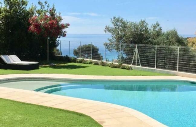 Le Clos des Lauriers : Villa proche Monaco 200m2 & Piscine, Ferienwohnung in Roquebrune-Cap-Martin