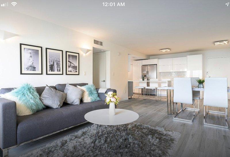 Modern Apartment in Sunny Isles Beach, aluguéis de temporada em Sunny Isles Beach