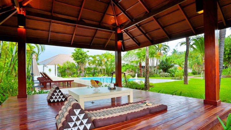 AMAZING 5 BDR Villa Pimmada, location de vacances à Ao Nang