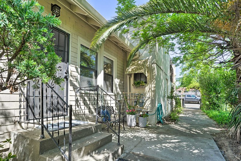 Have a weekend escape at this 1-bedroom, 1-bath Ukiah cottage.