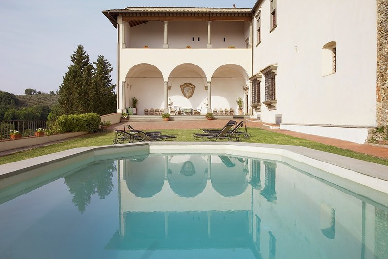 Castello Loggiato, vacation rental in San Casciano in Val di Pesa