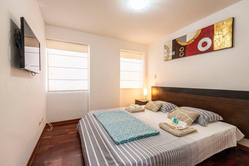 Master Bedroom, TV Smart. Dormitorio Principal con TV Smart.