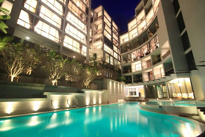 Luxury Icon Park B34 sea view and mountain, holiday rental in Kamala
