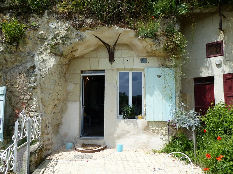 Gîte troglodytique, chambre d'exception, holiday rental in Vendome