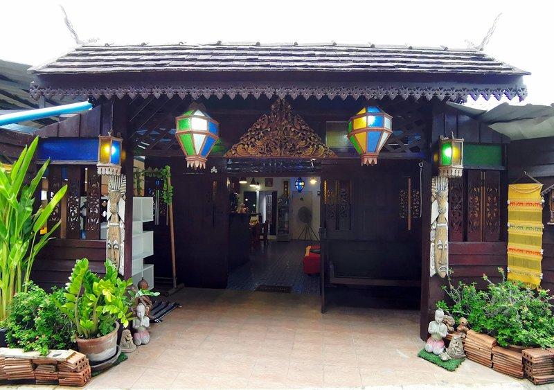 The Iyara Poshtel, A home for travelers, vacation rental in Haiya