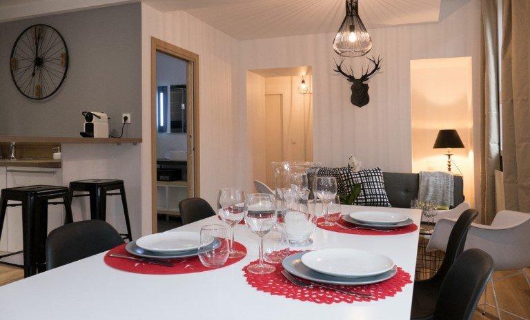 Le Tucou, Bel appartement de Standing, vacation rental in Trebons