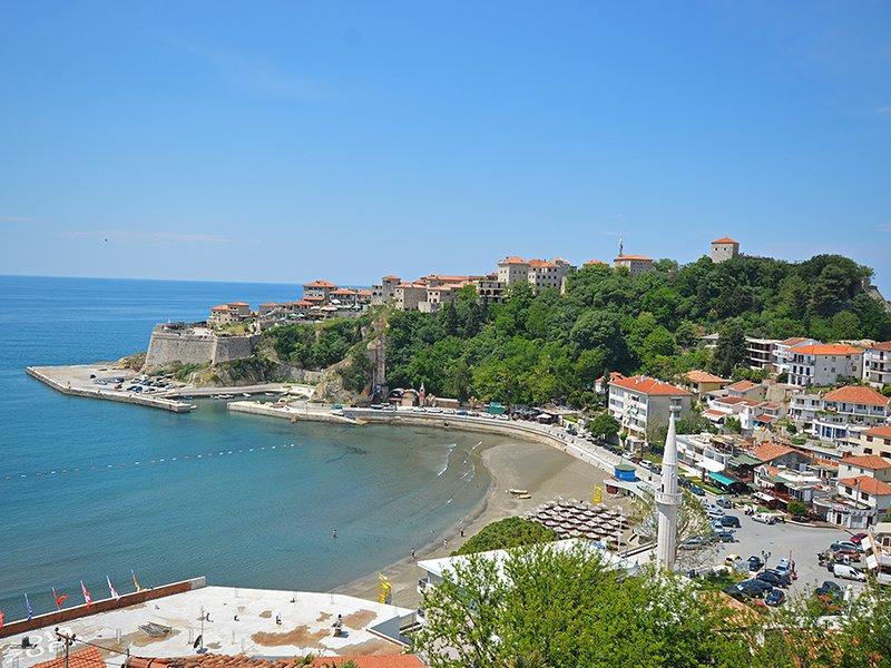 Beautiful studio with sea view, location de vacances à Ulcinj