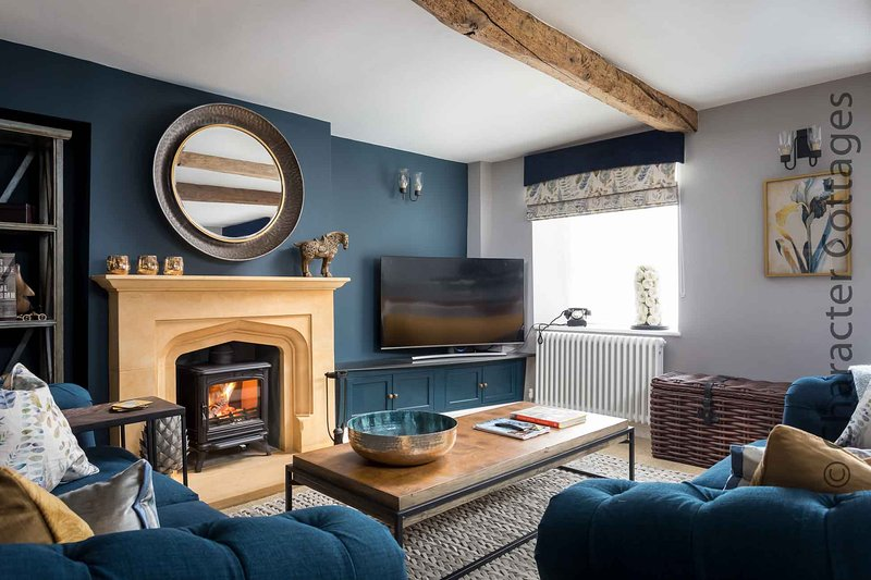 Lavender Cottage is a wonderful townhouse in the market town of Stow-on-the-Wold, vacation rental in Upper Oddington