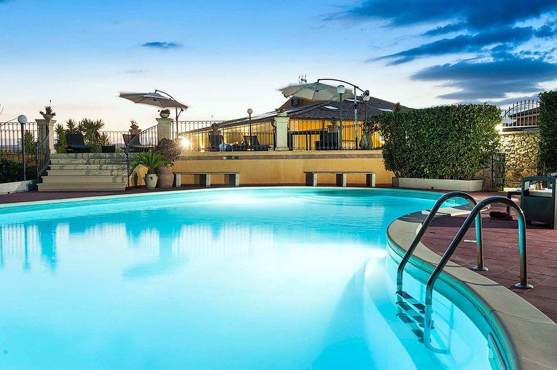 Villa Carolina, holiday rental in Lenzevacche