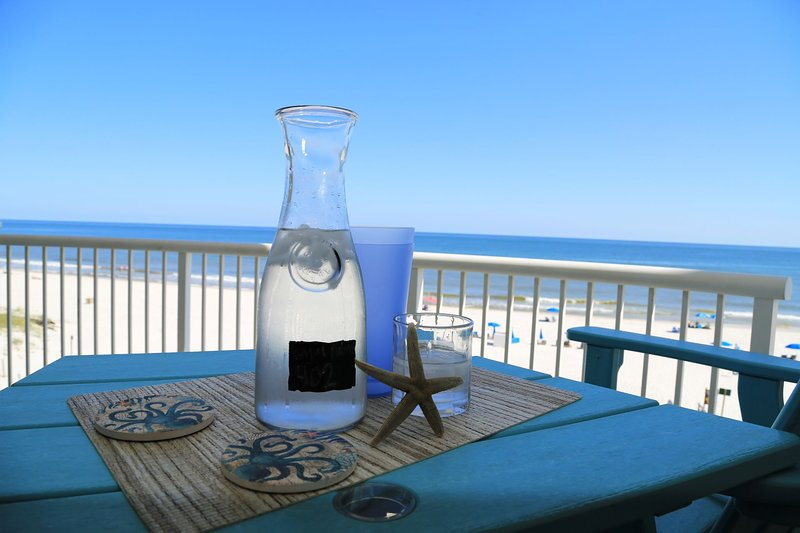 RENOVATED NEW Royal Palms 402 ~ Direct Gulf Front ~ FREE Wifi, Indoor Pool / AWE, alquiler de vacaciones en Gulf Shores