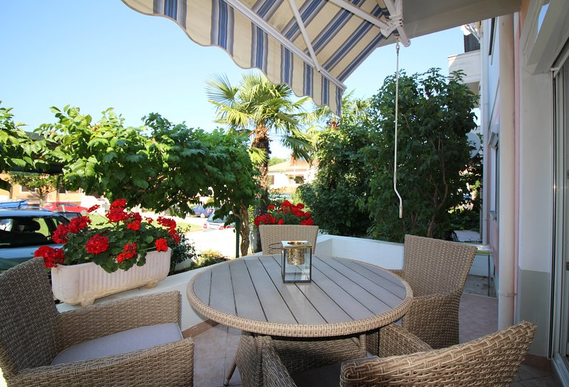 Nice apartment Sara Premium, vacation rental in Funtana