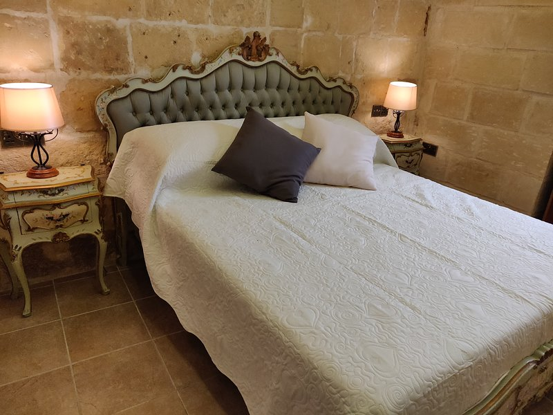 T`Annamari - a charming Townhouse in the city of Cospicua, vacation rental in Cospicua (Bormla)