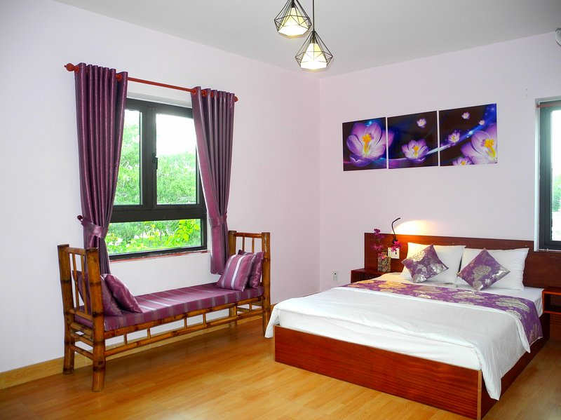 Hoian Aroma Villa - Orchid room - Romatic Double room with pool view, holiday rental in Hoi An