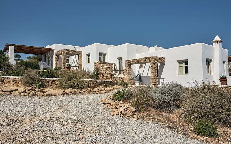 KOUFONISI VILLAS Keros-East House, holiday rental in Ano Koufonissia