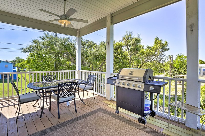 This home features ideal outdoor amenities and 3 furnished decks.