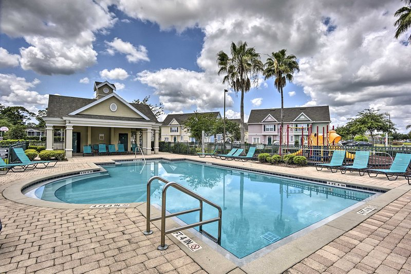 This gated community in Kissimmee boasts a pool, hot tub & many other amenities!