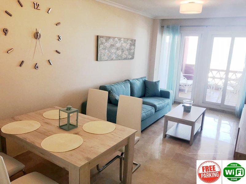 Sea view apartment Manilva Playa SPA  Resort, free Wifi, free parking, vacation rental in San Martin del Tesorillo