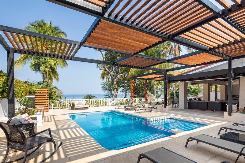 Beach House Playa Hermosa - Sleeps 18 - 8 Bedrooms, vacation rental in Playa Hermosa
