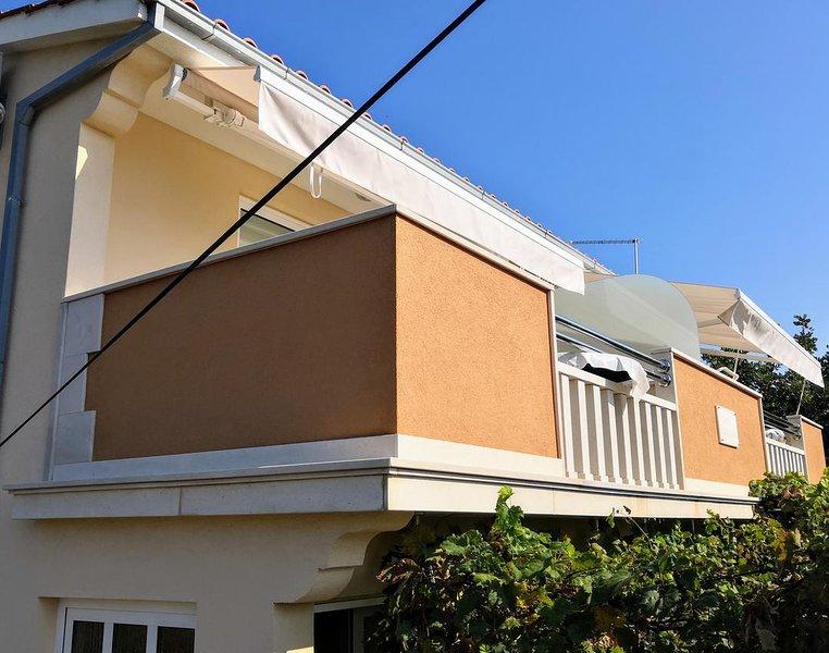 Petomavar Apartment Sleeps 6 with Air Con - 5793863 – semesterbostad i Veliki Drvenik