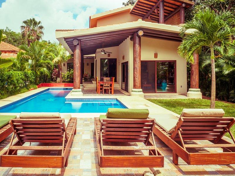 Beautiful Boutique B&B in Puerto Aventuras, vacation rental in Xpu-Ha