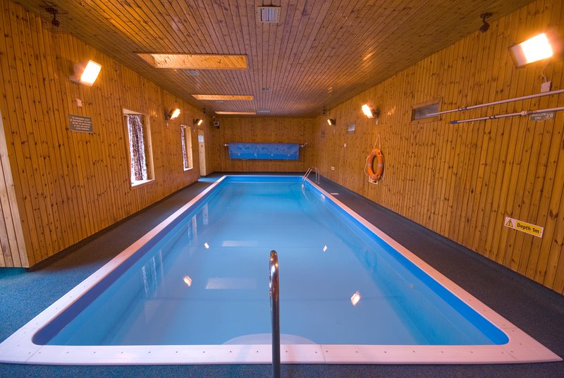 Our seasonal heated pool open daily until 9pm from mid March to end of October.