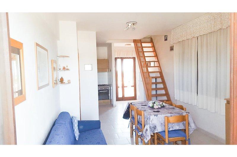 Calasetta, appartamento a 100 metri dalla spiaggia Sotto Torre, 8 posti, 2 bagni, casa vacanza a Calasetta