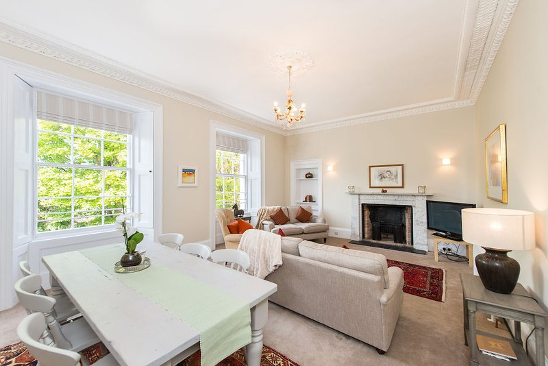 No 15, 15 Greyfriars Gardens, St Andrews - Fabulous Town Centre Apartment, casa vacanza a St Andrews