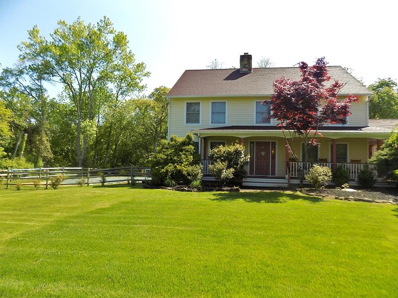 Pet Friendly Private Estate with Pool 132650, vacation rental in Cape May Point