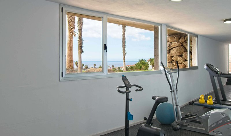 Work out whilst enjoying views over the golf course and ocean