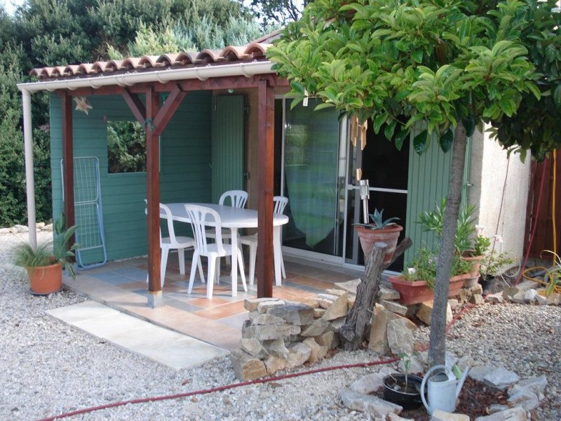 Nice apt with pool access & terrace, holiday rental in Gras