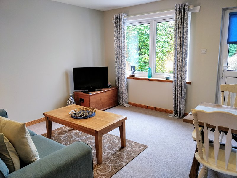Oakview - Perth: A Spacious and Cosy Private Apartment, holiday rental in Perth