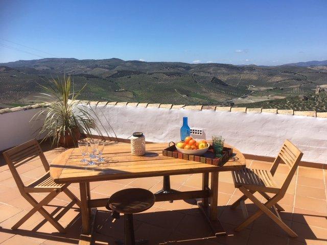 New Leaf Cortijo Azul b&b, holiday rental in Colomera