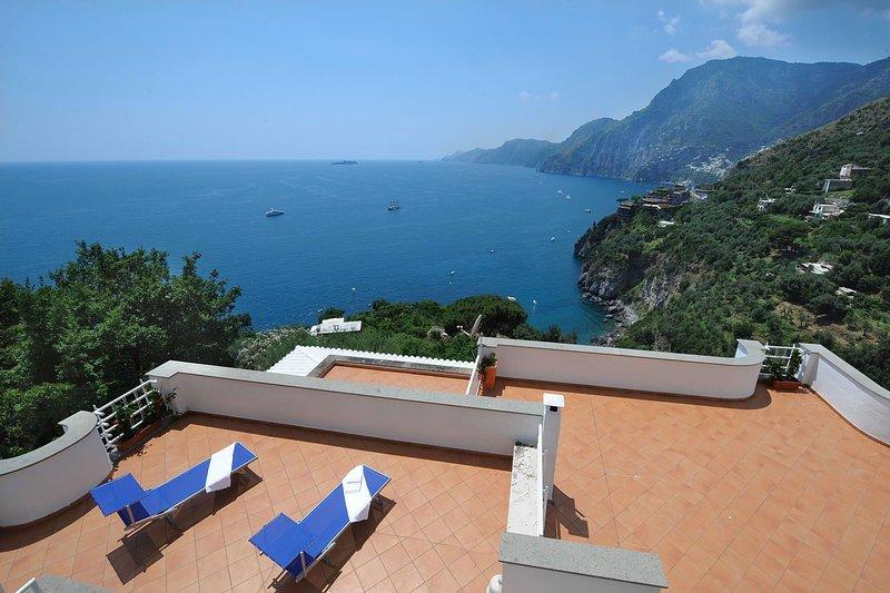 Villa Valeria - sea view,terraces and garden, vacation rental in Positano