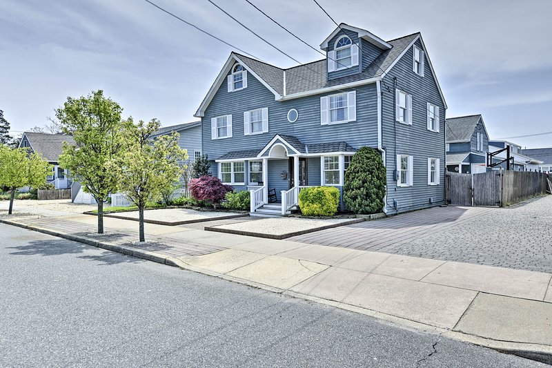 Lavallette House w/ Fenced Yard & Gas Grill!, vacation rental in Lavallette