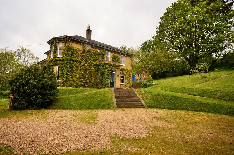 Downedge, holiday rental in Brading