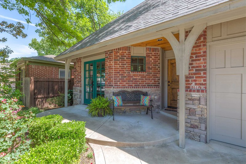 This beautiful home is located in the Brookside District, near shops and dining.
